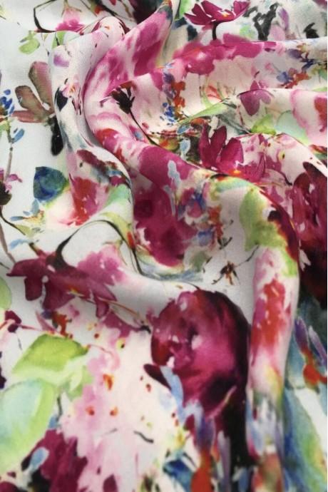 Креповая вискоза с купонным цветочным рисунком